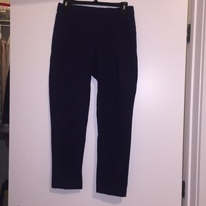 Iconic Lilly Pulitzer travel pant